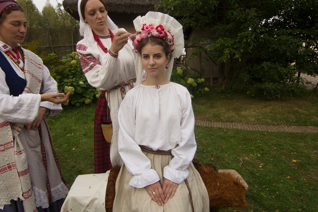 photo: Belarus Bride With Us And