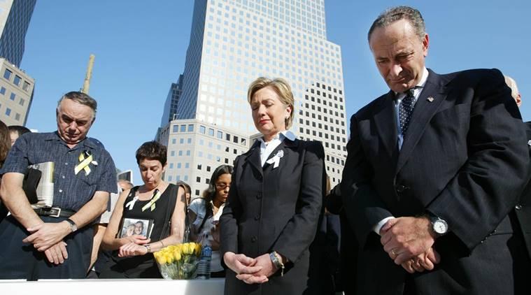 Проблемы со здоровьем Хиллари Клинтон стали сильно заметны во время траурной церемонии 11 сентября в центре Нью-Йорка.