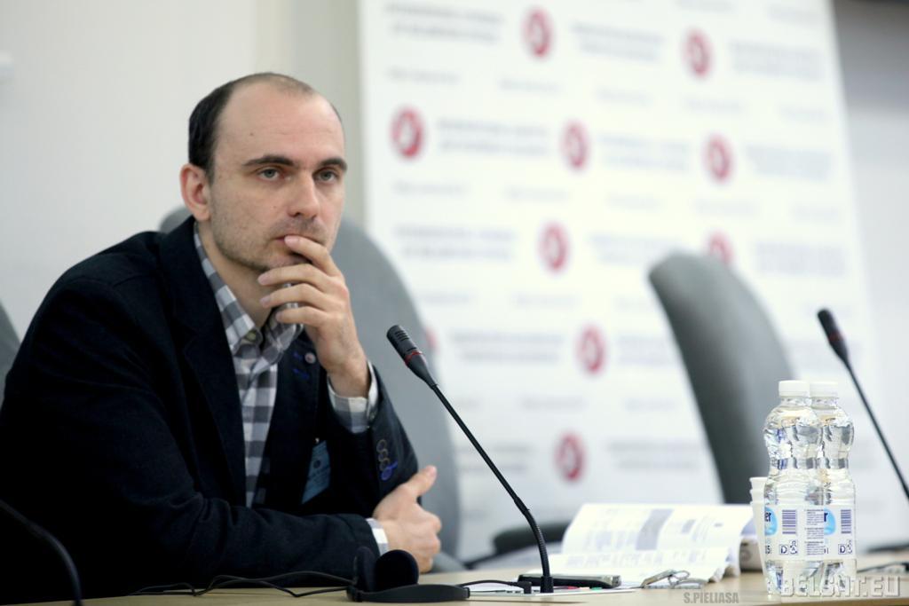 Андрэй Казакевіч, дырэктар інстытуту «Палітычная сфера», аўтар ідэі і арганізатар кангрэсу