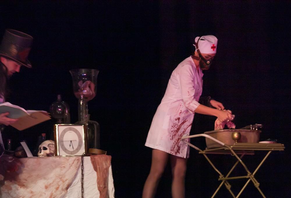 Стым-панкавы спектакль ад фрык-тэатру «Гексаген»