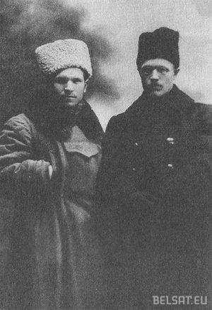Андрэй Якубецкі (злева) увосень 1920 года падчас падзеяў у Слуцку