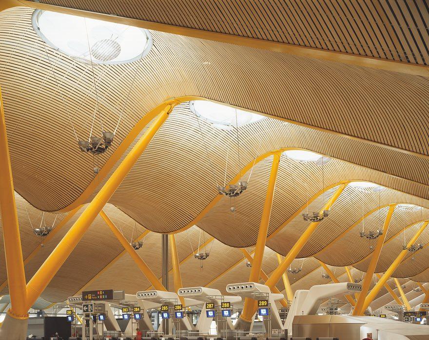 4-ы тэрмінал аэрапорту Адольфа Суарэса спраектавалі Рычард Роджэрс і Антоніа Ламэла. Фота: Roland Halbe.
