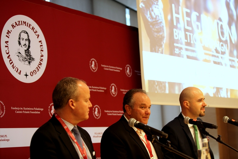 Left to right: Paul Tennant, General of the Union Rapid Reaction Corps (ARRC), General Philip Breedlove, Zbigniew Pisarski (Kazimierz Pulaski Foundation)