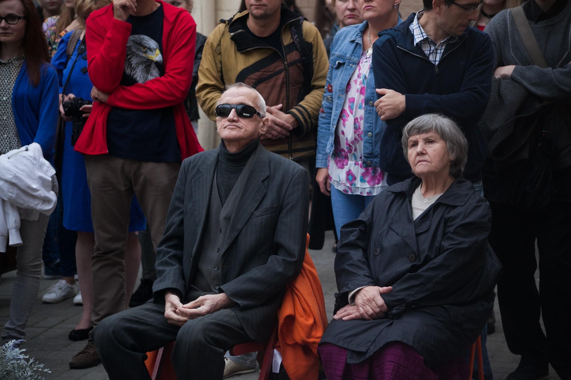 Запрещённый» идеологами Алесь Денисов сыграл сольный альбом 36a12540b1028