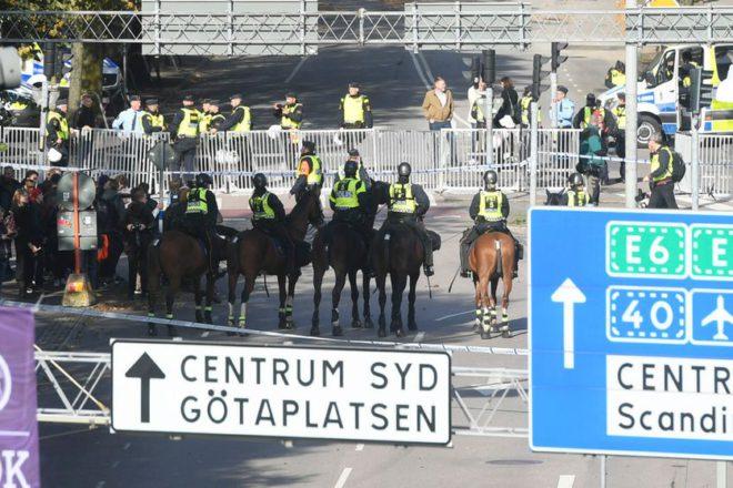 ВШвеции демонстрация неонацистов завершилась  столкновениями сантифашистами иполицией