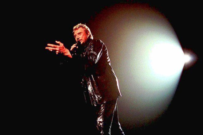 Джонни Холлидей во время своего концерта 2000 год