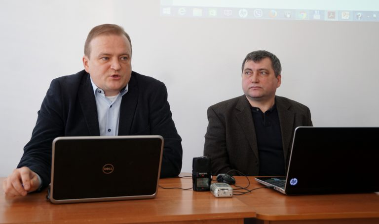 Юрыст Алег Агееў (злева) і кіраўнік БАЖ Андрэй Бастунец, фота spring96.org